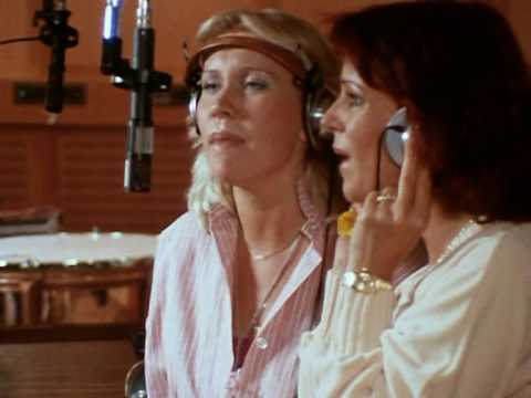 ABBA「Gimme! Gimme! Gimme! (A Man After Midnight)」の洋楽歌詞・YouTube動画・解説まとめ