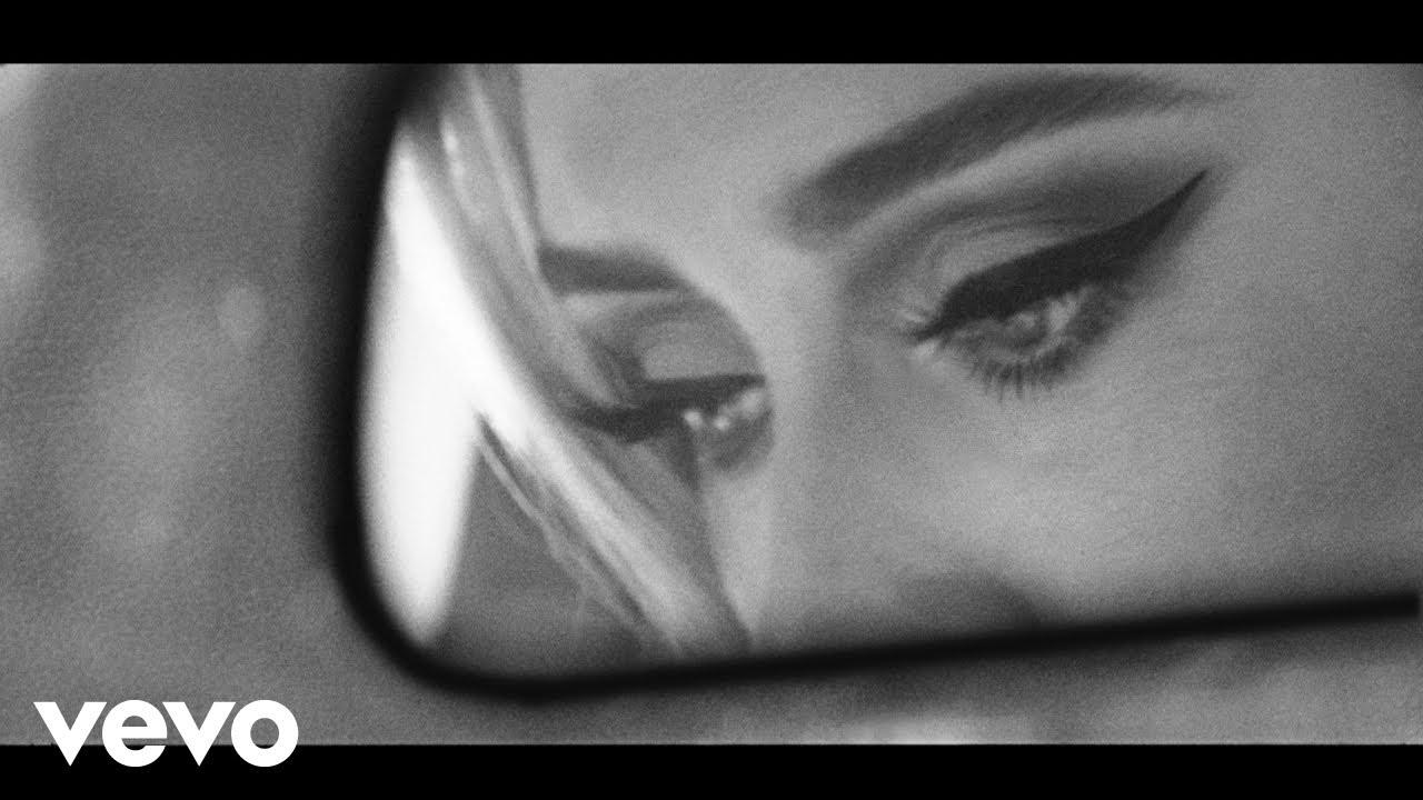 Adeleが10月15日に約5年ぶりとなるシングル「Easy On Me」をリリースすることが決定し予告動画を公開