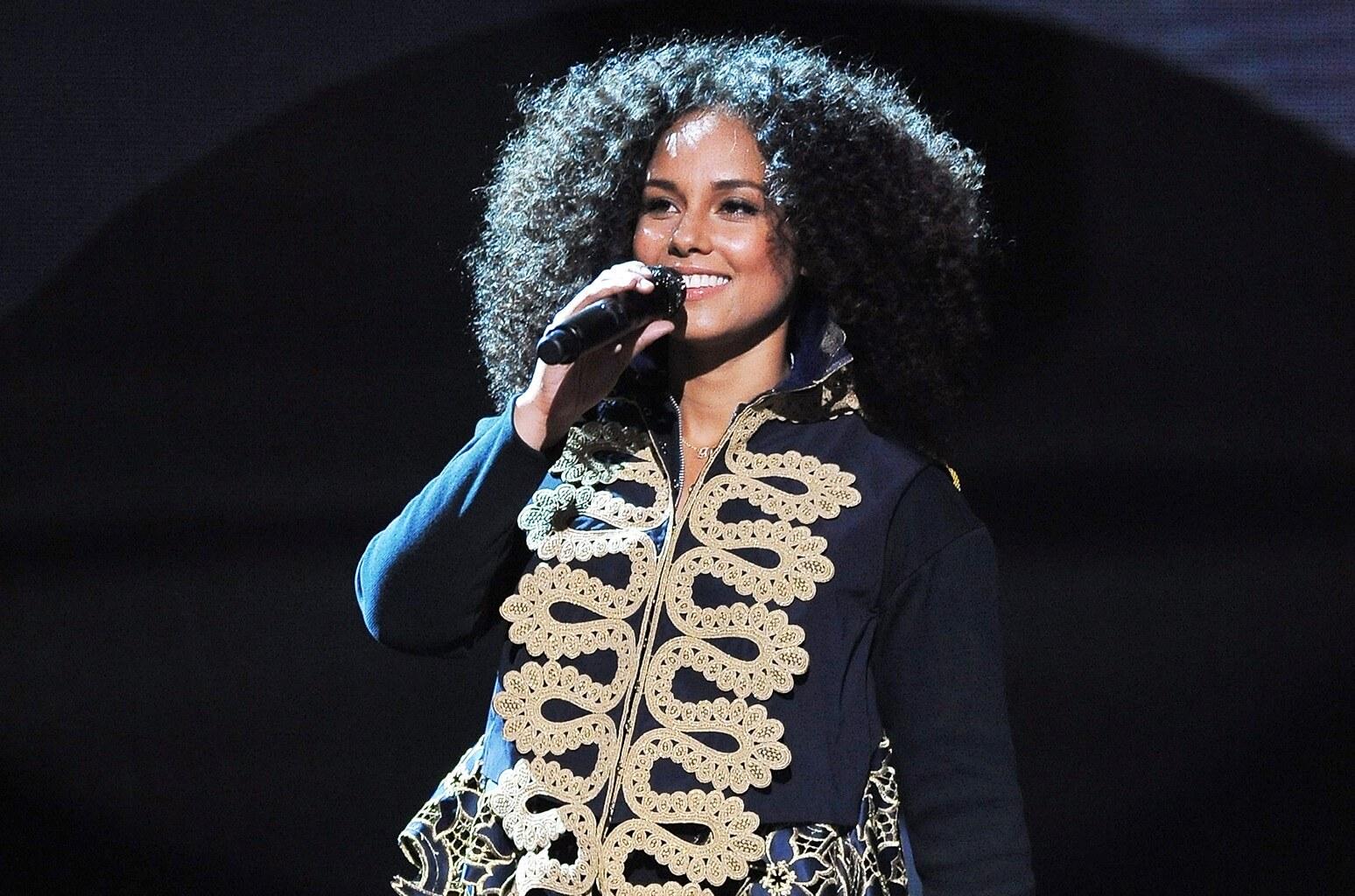 Alicia Keys(アリシア・キーズ)のプロフィール・バイオグラフィーまとめ