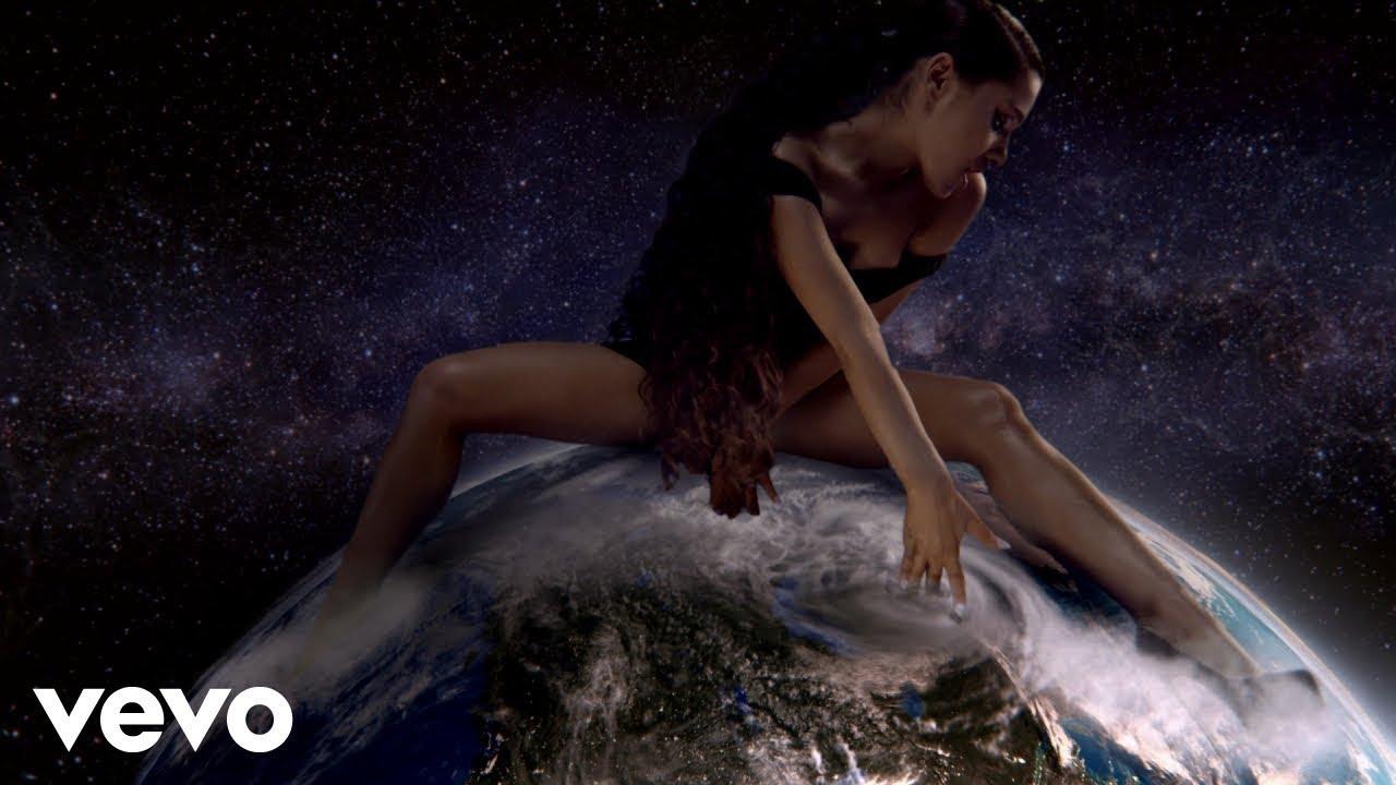 Ariana Grande「God is a woman」の洋楽歌詞カタカナ・YouTube動画・解説まとめ