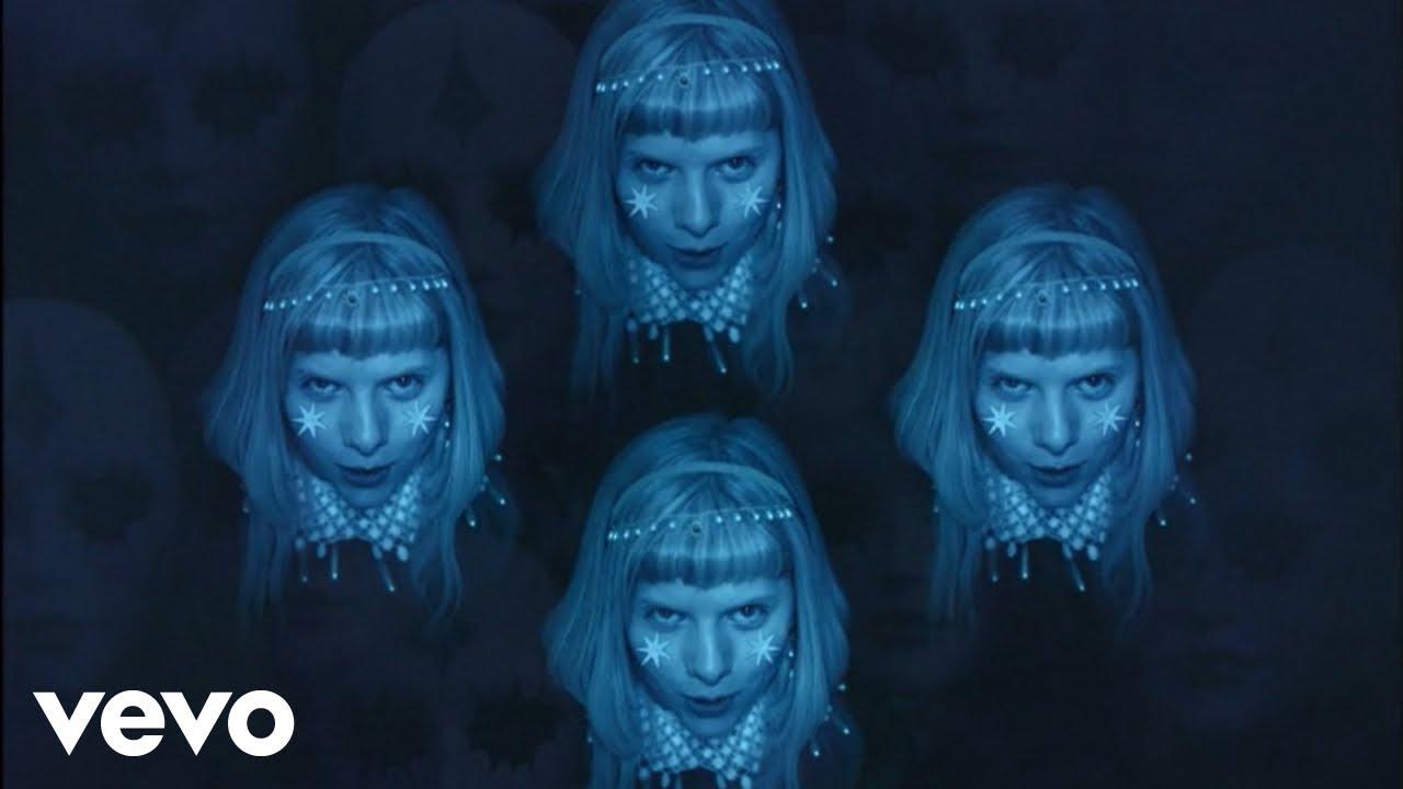 AURORAが新曲「Cure For Me」のミュージック・ビデオを公開