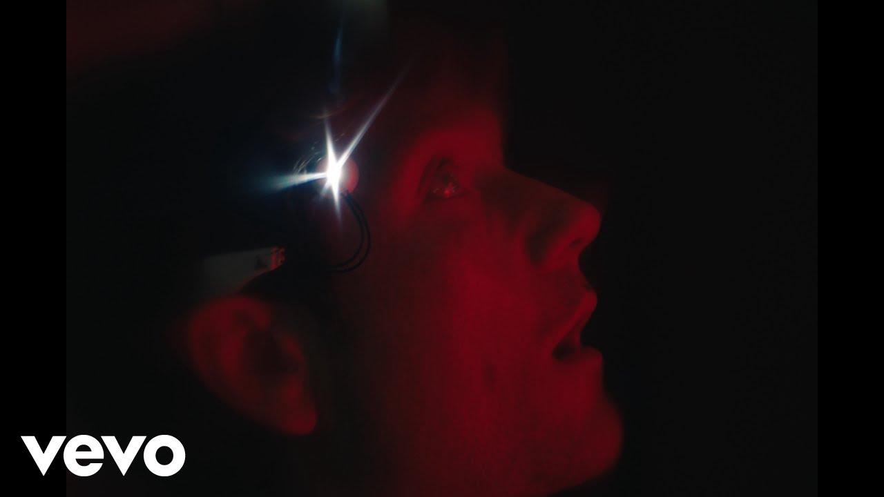 Bastilleが新曲「Thelma + Louise」のミュージック・ビデオを公開