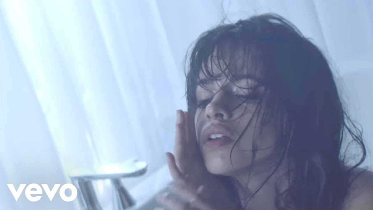Camila Cabello「Crying in the Club」の洋楽歌詞・YouTube動画・解説まとめ