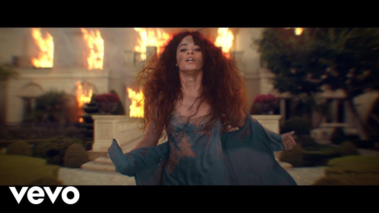 Camila Cabelloが新曲「Liar」のミュージック・ビデオを公開