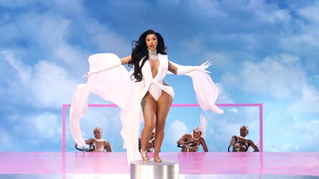 Cardi Bが新曲「Up」のミュージック・ビデオが公開
