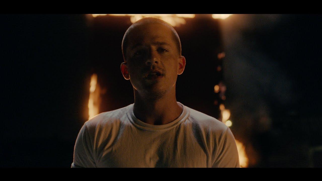 Charlie Puthが新曲「I Warned Myself」のミュージック・ビデオを公開