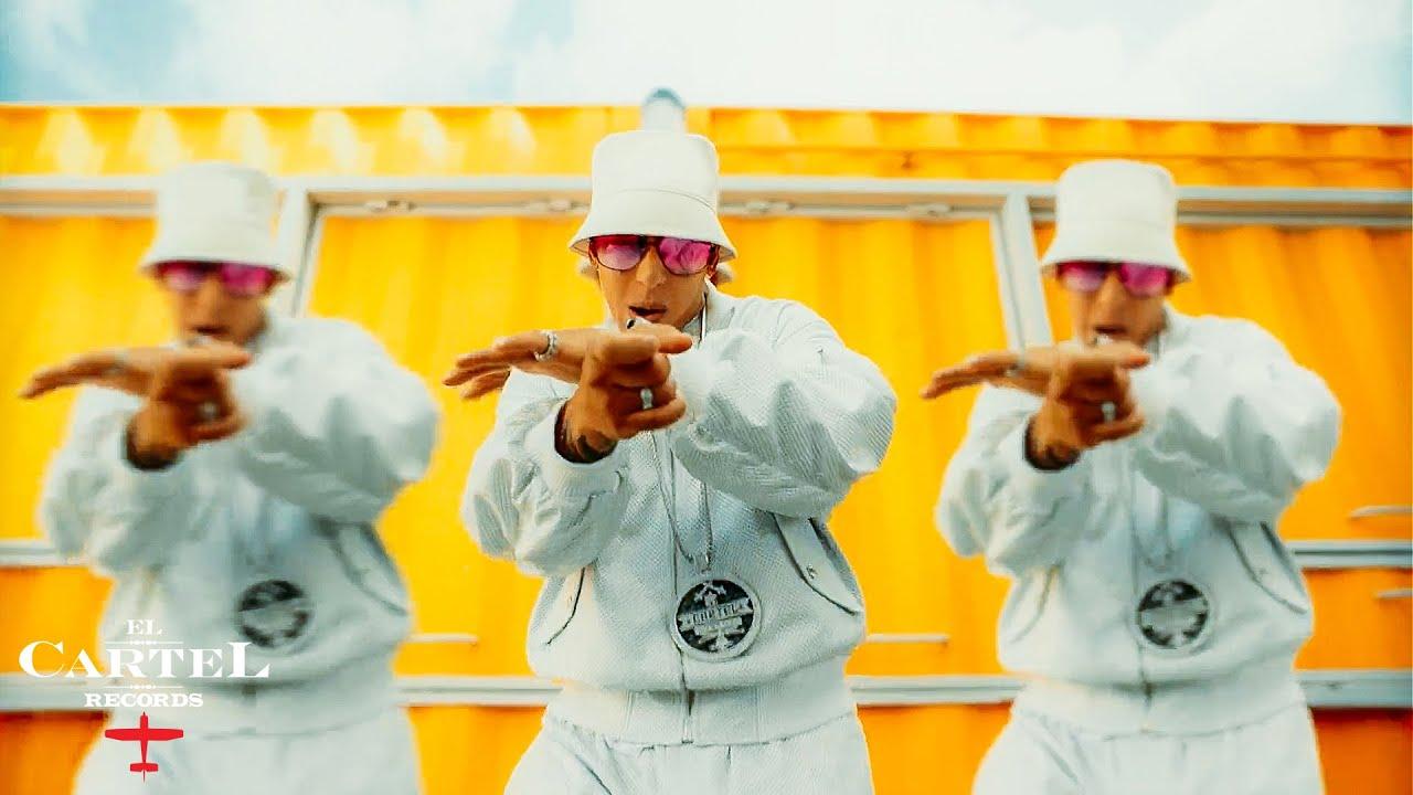 Daddy Yankeeが新曲「MÉTELE AL PERREO」のミュージック・ビデオを公開