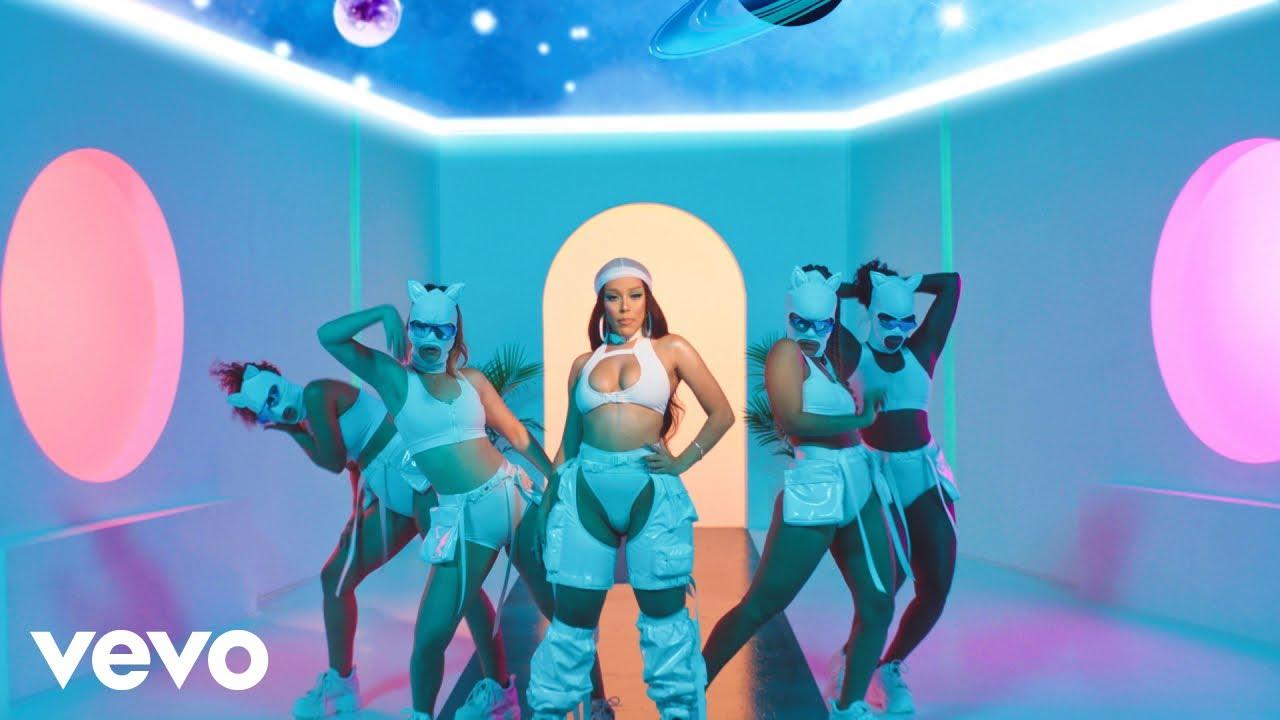 Doja CatがGucci Maneを迎えた最新曲「Like That」のミュージック・ビデオを公開