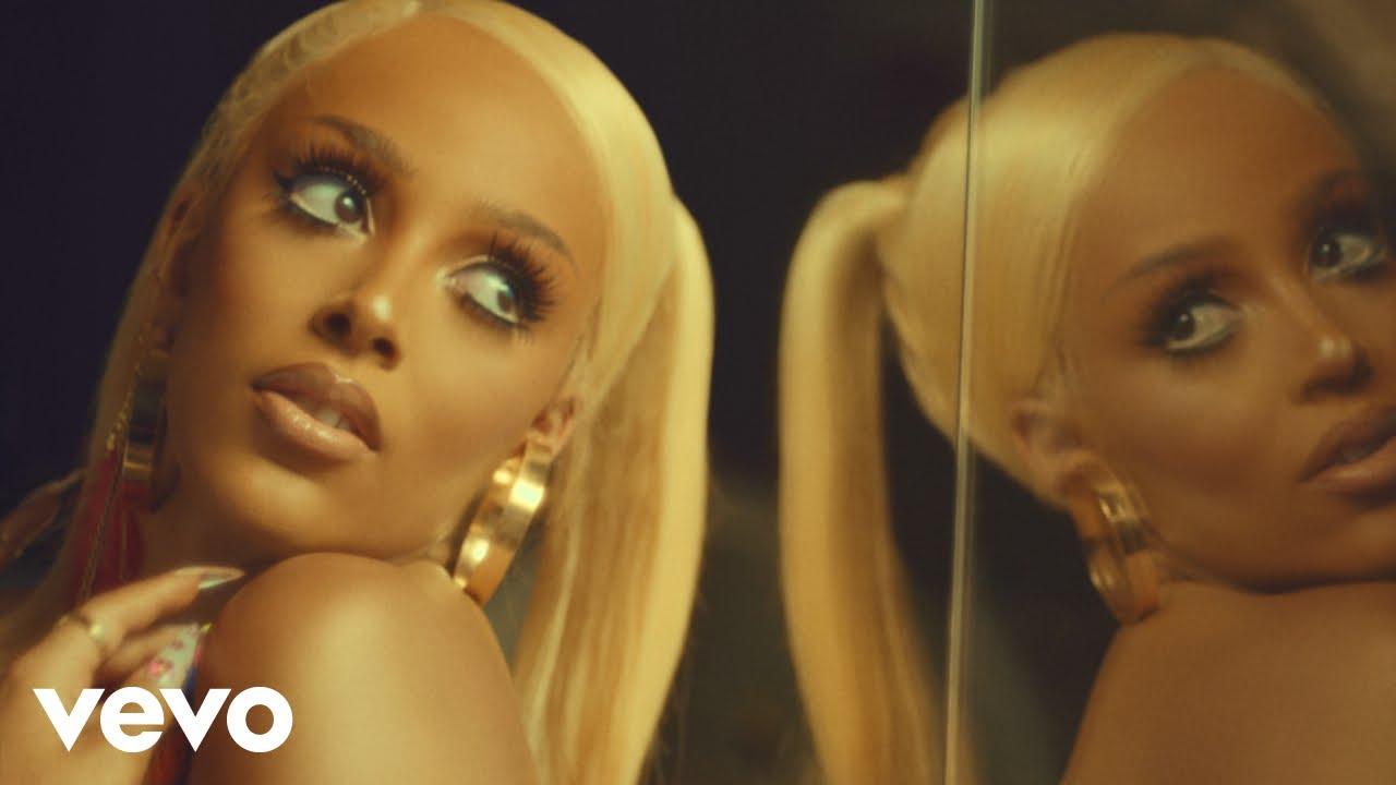 Doja CatがTikTokでの人気曲「Say So」のミュージック・ビデオを公開