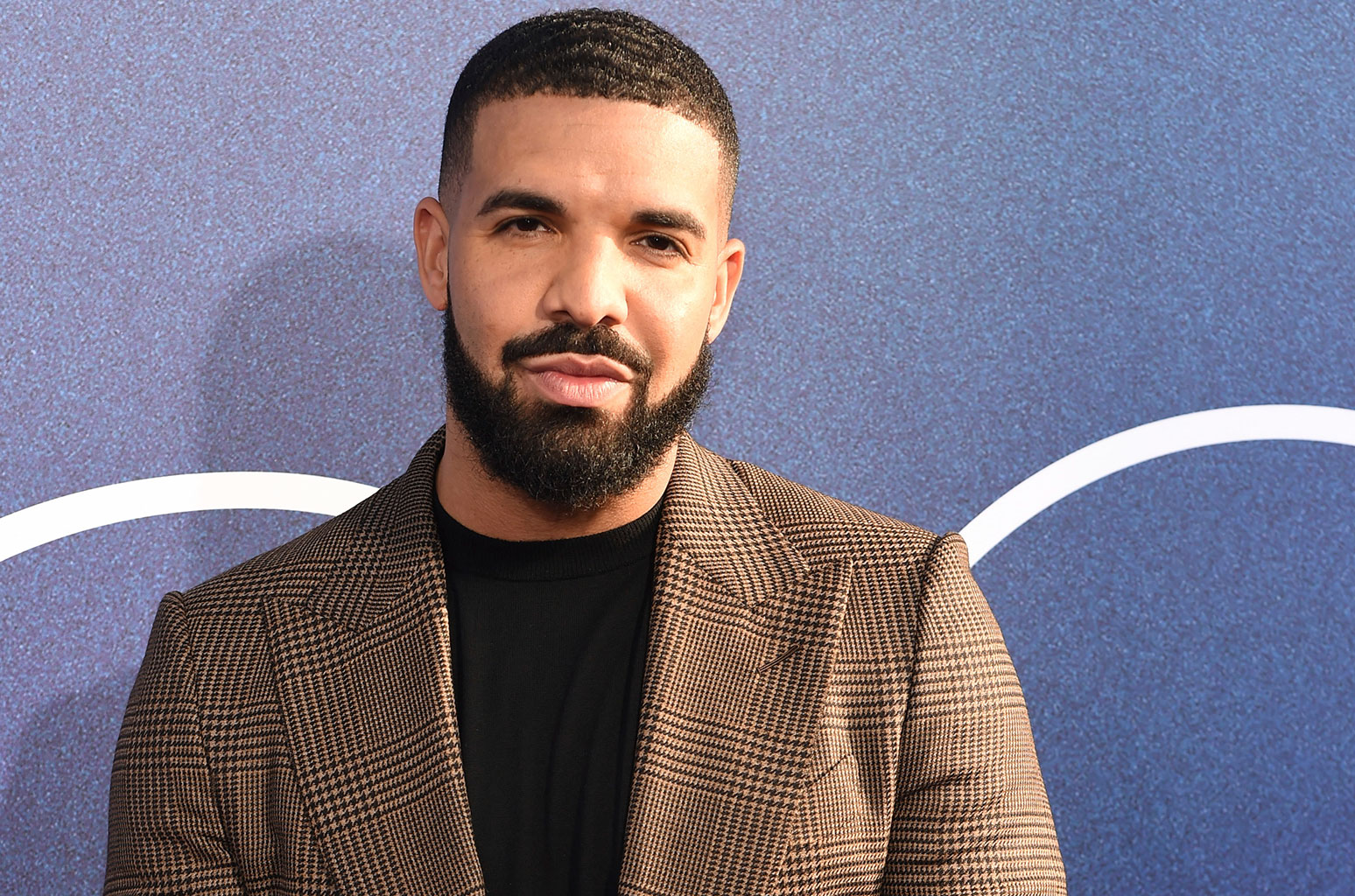 Drake(ドレイク)のプロフィール・バイオグラフィーまとめ