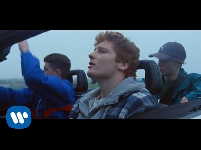 Ed Sheeran「Castle On The Hill」の洋楽歌詞和訳カタカナ・YouTube動画・解説まとめ