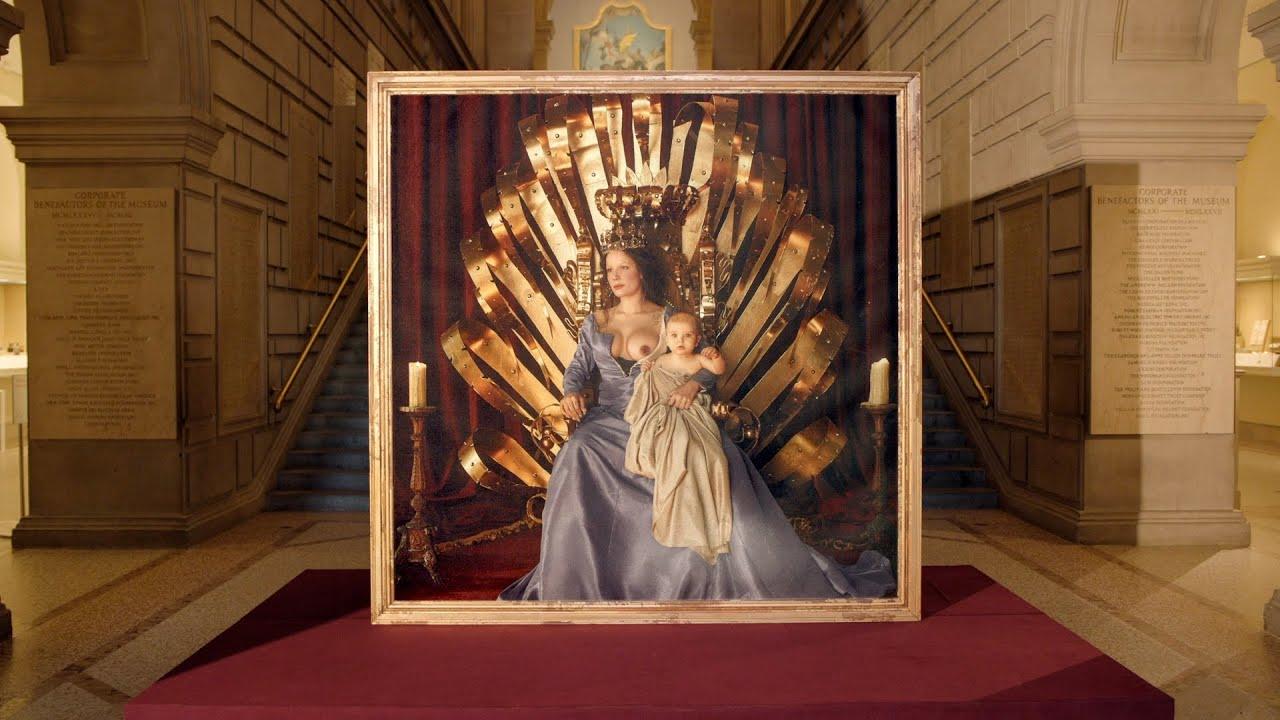 Halseyがメトロポリタン美術館でアルバムアートワークを発表したビデオを公開