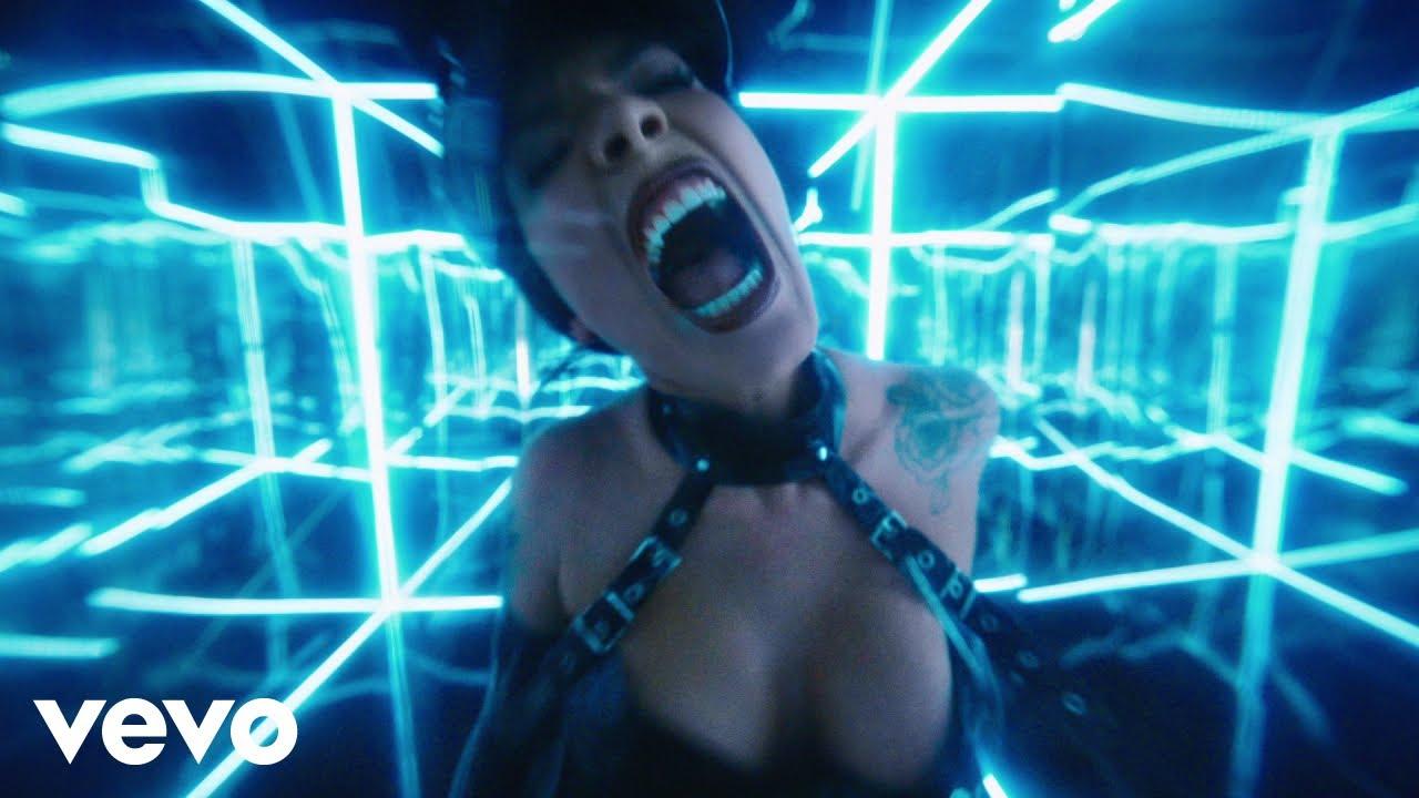 Halseyが新曲「Nightmare」をリリースしミュージック・ビデオを公開
