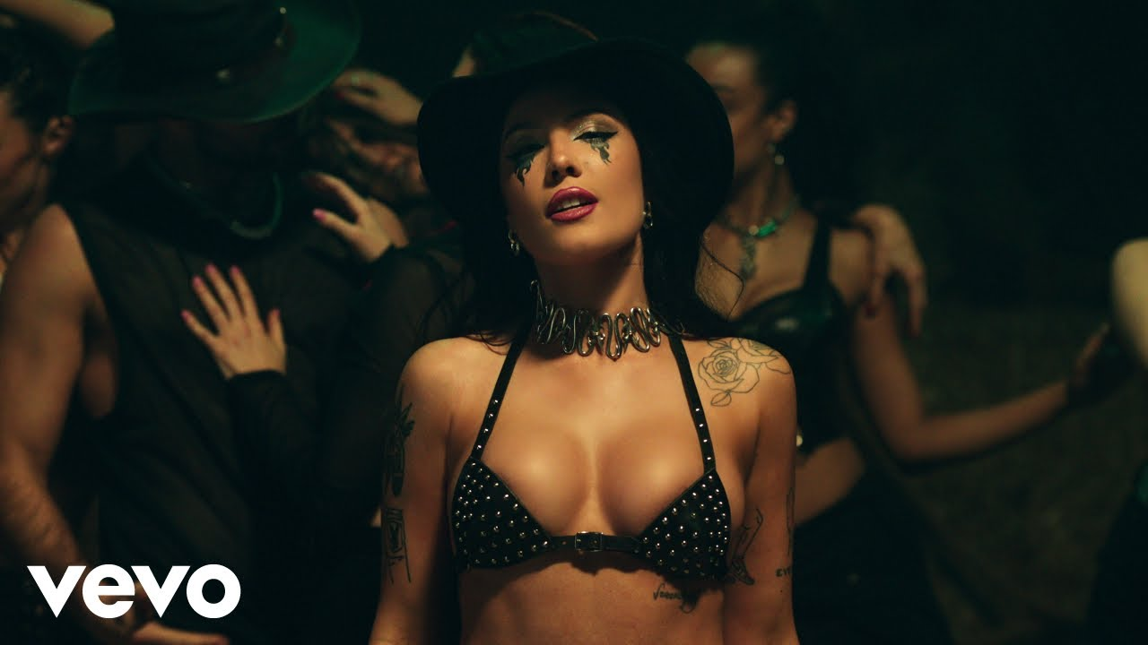 Halseyが新曲「You Should Be Sad」のミュージック・ビデオを公開