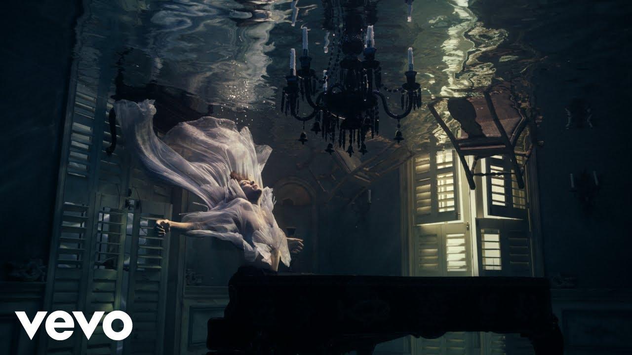 Harry Stylesが最新アルバムから「Falling」のミュージック・ビデオを公開