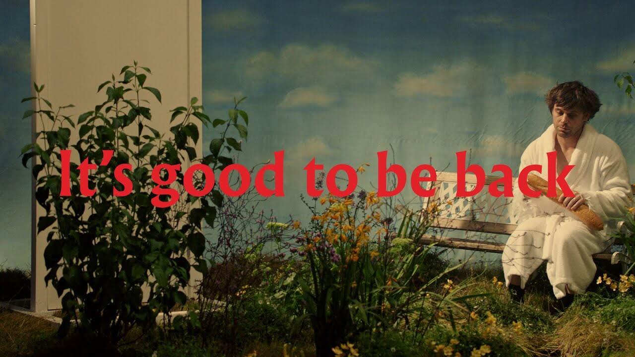 Metronomyが来年2月に7thアルバム『SMALL WORLD』リリース発表、新曲「It's good to be back」ミュージック・ビデオが公開