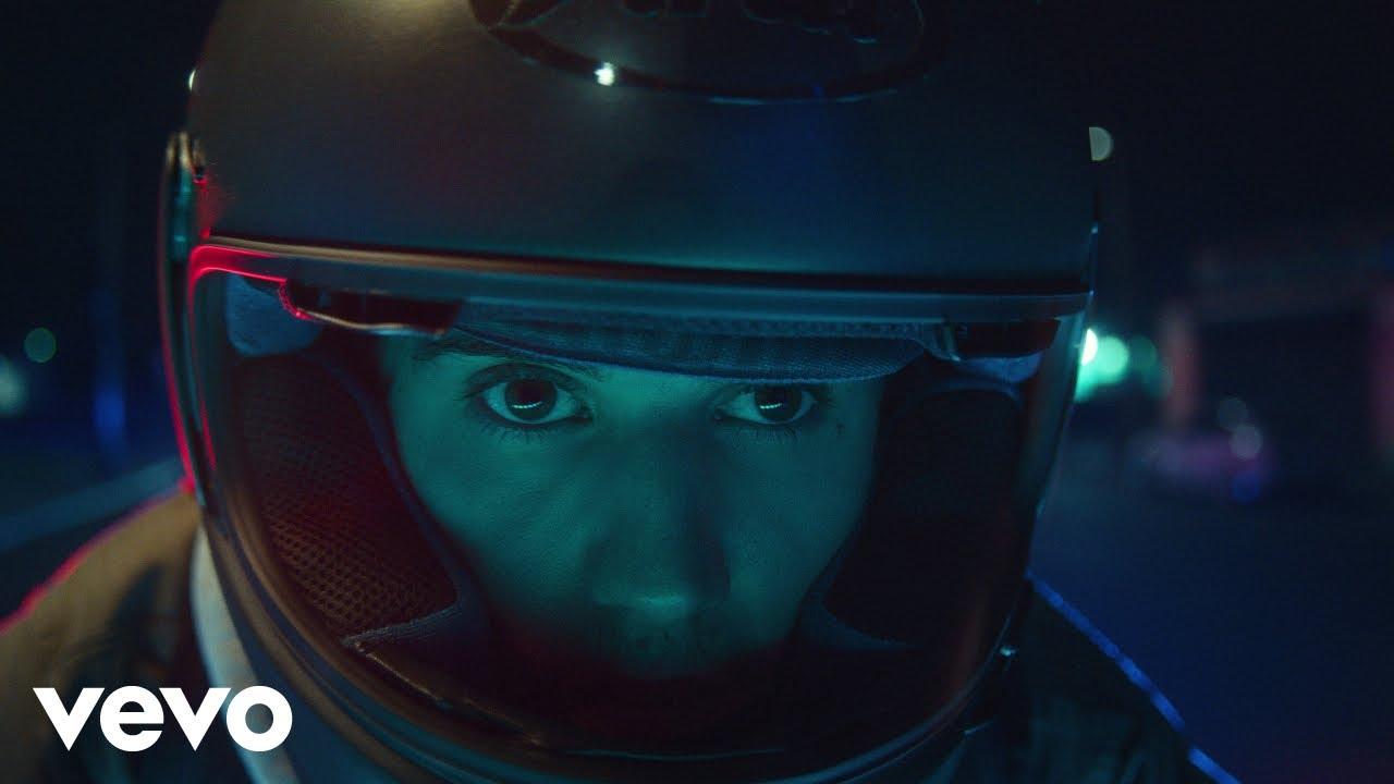 Justin Bieberが新曲「Hold On」のミュージック・ビデオを公開