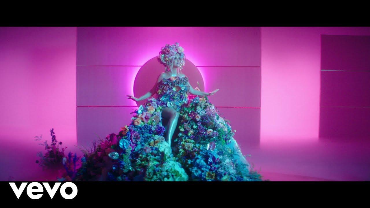 Katy Perryが新曲「Never Worn White」のミュージック・ビデオを公開