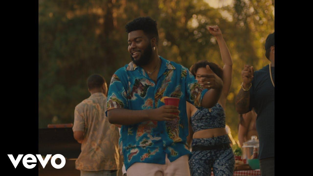 KhalidがA Boogie Wit Da Hoodieをゲストに迎えた新曲「Right Back」のミュージック・ビデオを公開