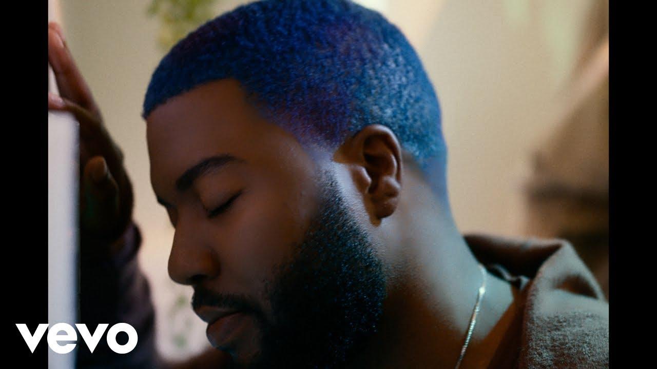 Khalidが新曲「New Normal」のミュージック・ビデオを公開