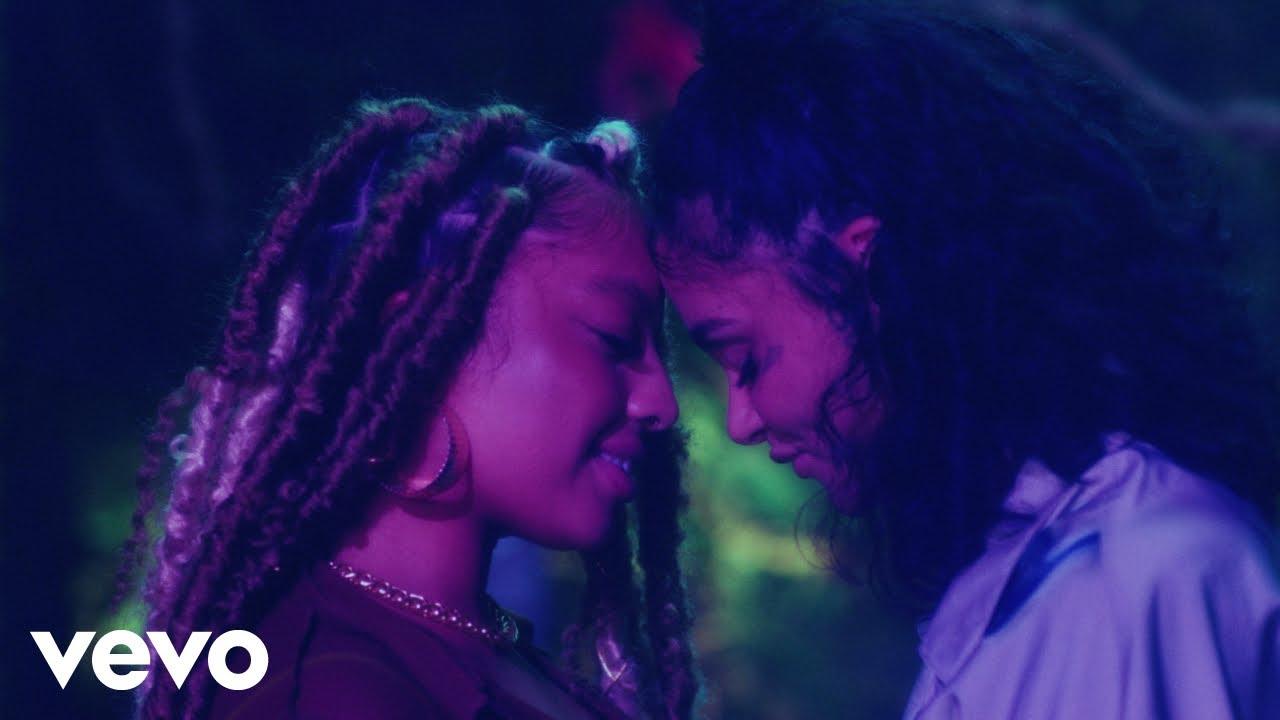 Kiana LedéがKehlaniを迎えた新曲「Ur Best Friend」のミュージック・ビデオを公開
