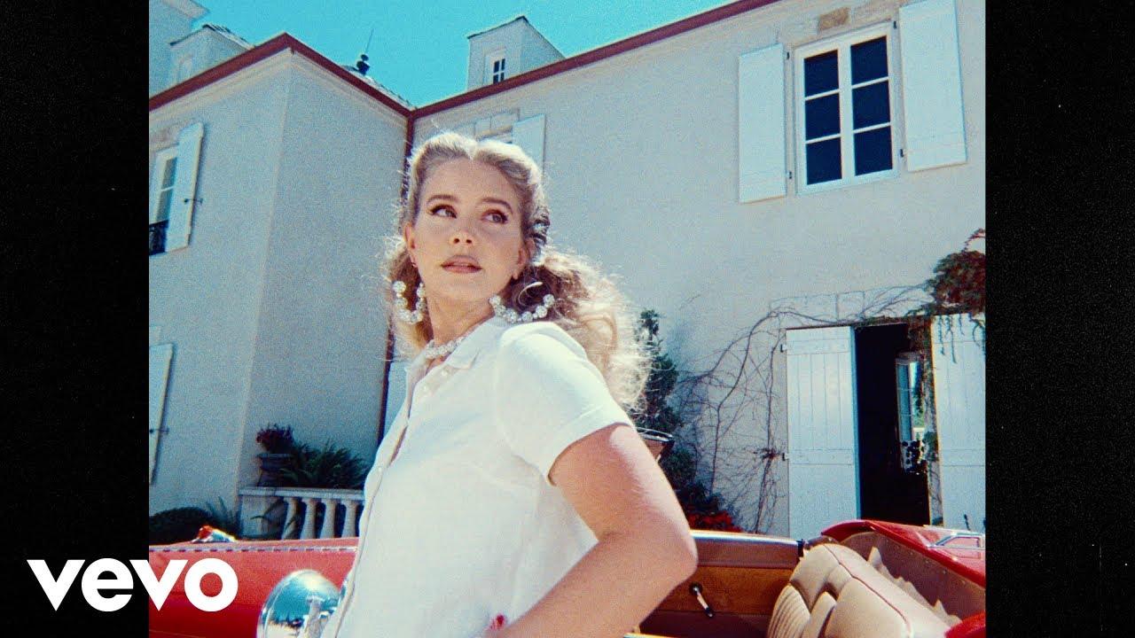 Lana Del Reyが新曲「Chemtrails Over The Country Club」のミュージック・ビデオを公開