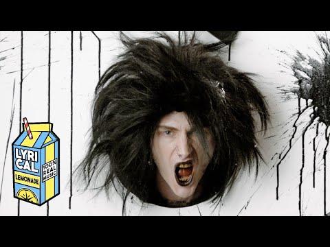 Machine Gun Kellyがタトゥーでニュー・アルバムを発表。新曲「papercuts」を本日リリース