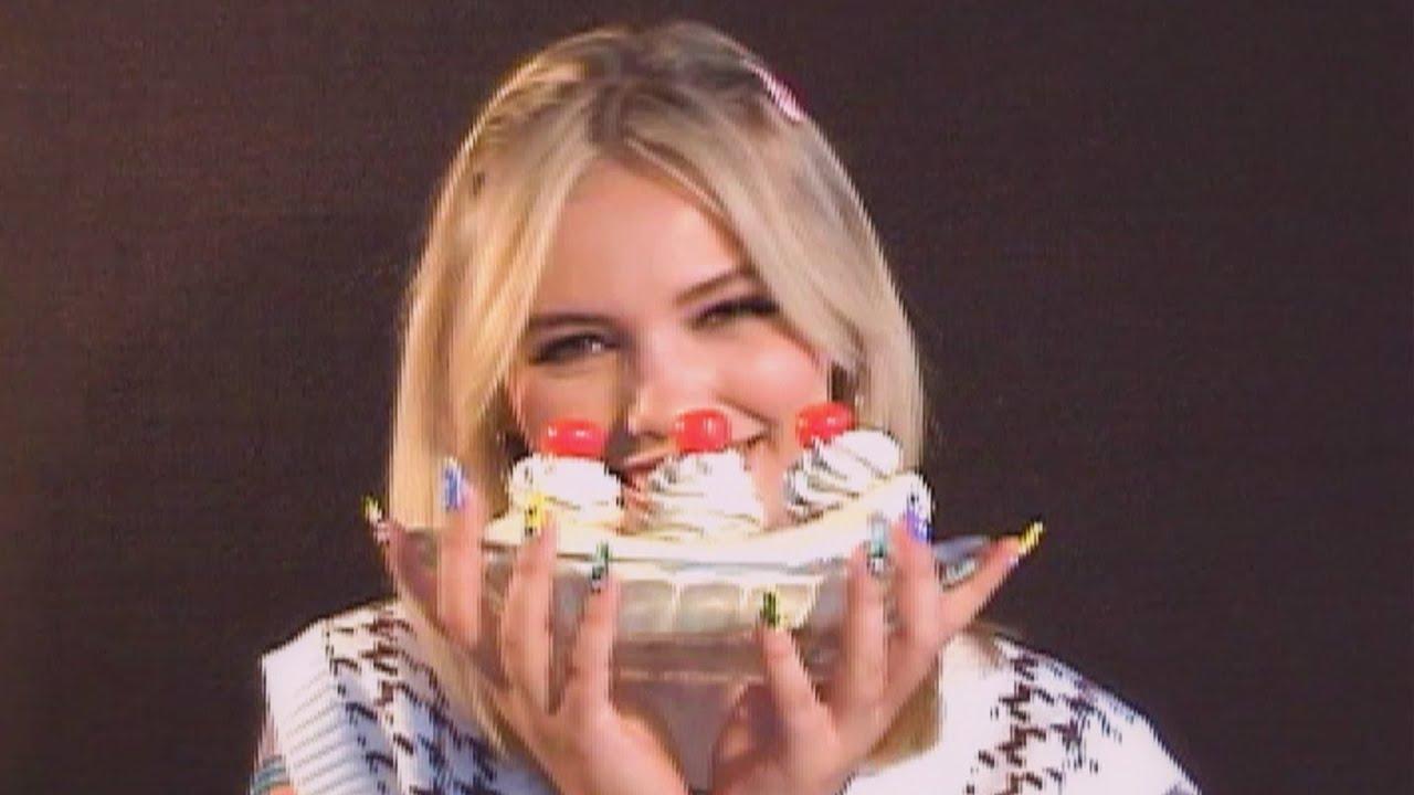 「Mad at Disney」がTikTokでブレイクしたsalem ileseが22歳の誕生日に新曲「ben & jerry」のリリック・ビデオを公開