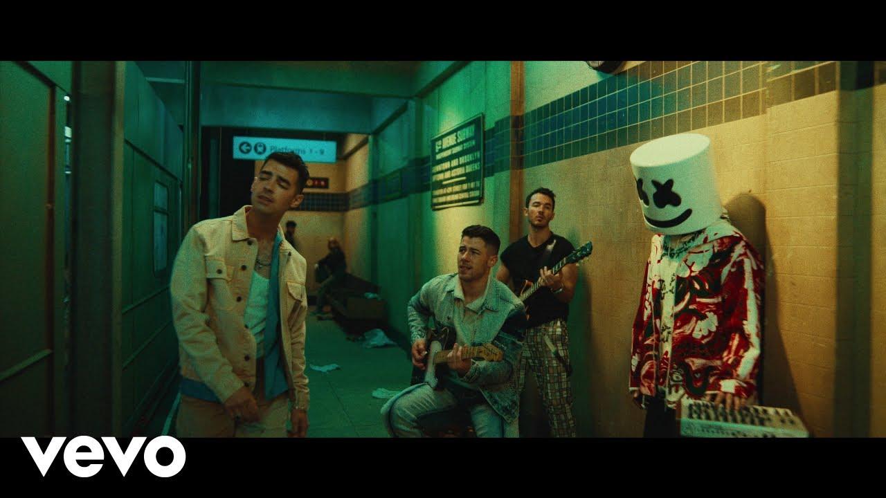 MarshmelloがJonas Brothersとの新曲「Leave Before You Love Me」のミュージック・ビデオを公開