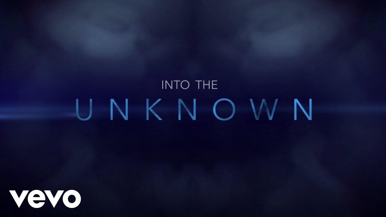 Panic! At The Discoが歌う「Into the Unknown」のリリック・ビデオが公開