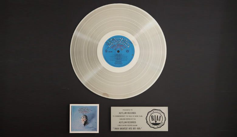RIAAが認定した1000万枚以上売り上げた洋楽アルバムまとめ