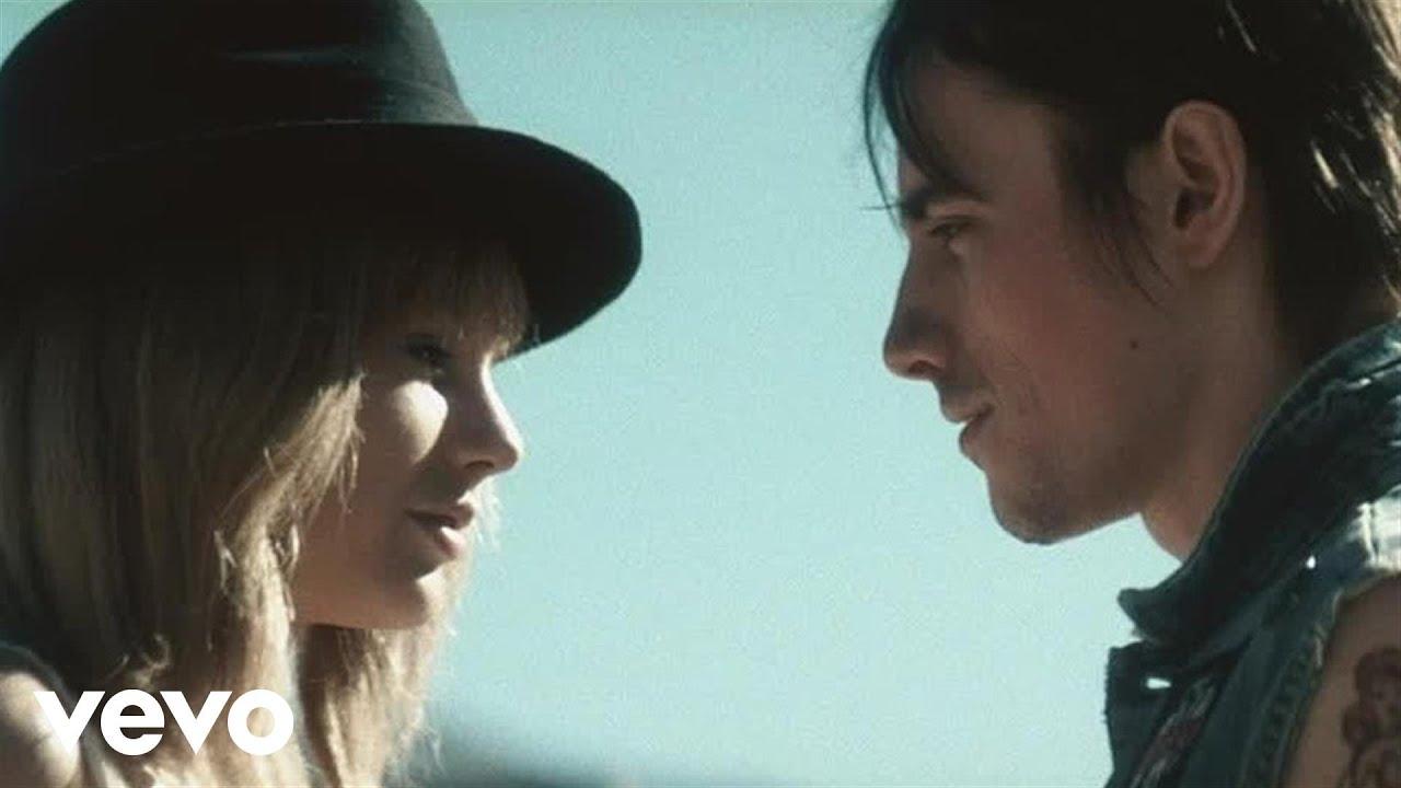 Taylor Swift「I Knew You Were Trouble」の洋楽歌詞カタカナ・YouTube動画・解説まとめ
